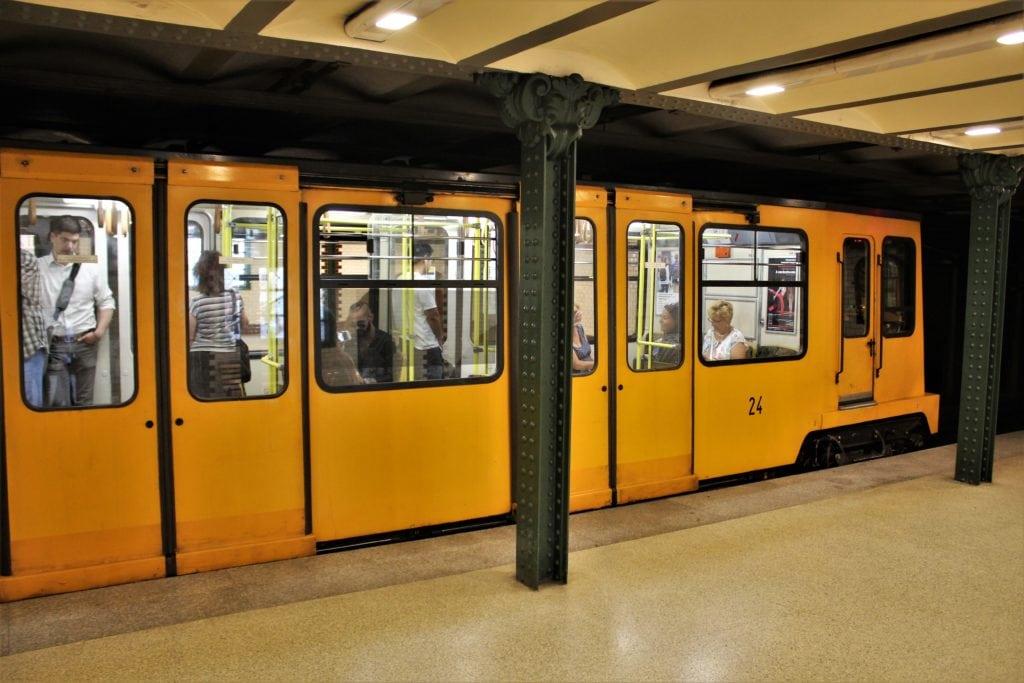 budapeszt na wekeened metro