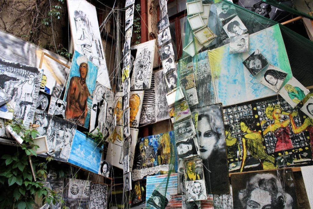 konwno street art