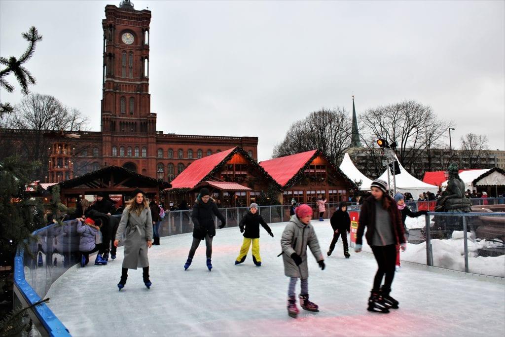 lodowisko berlin alexanderplatz