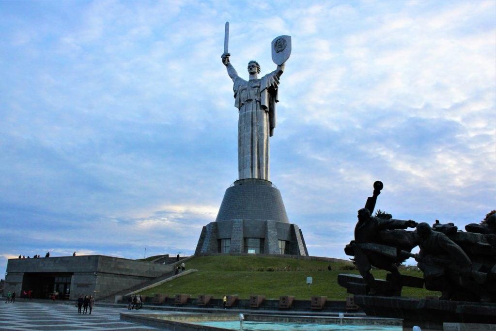kijów pomnik matki ojczyzny