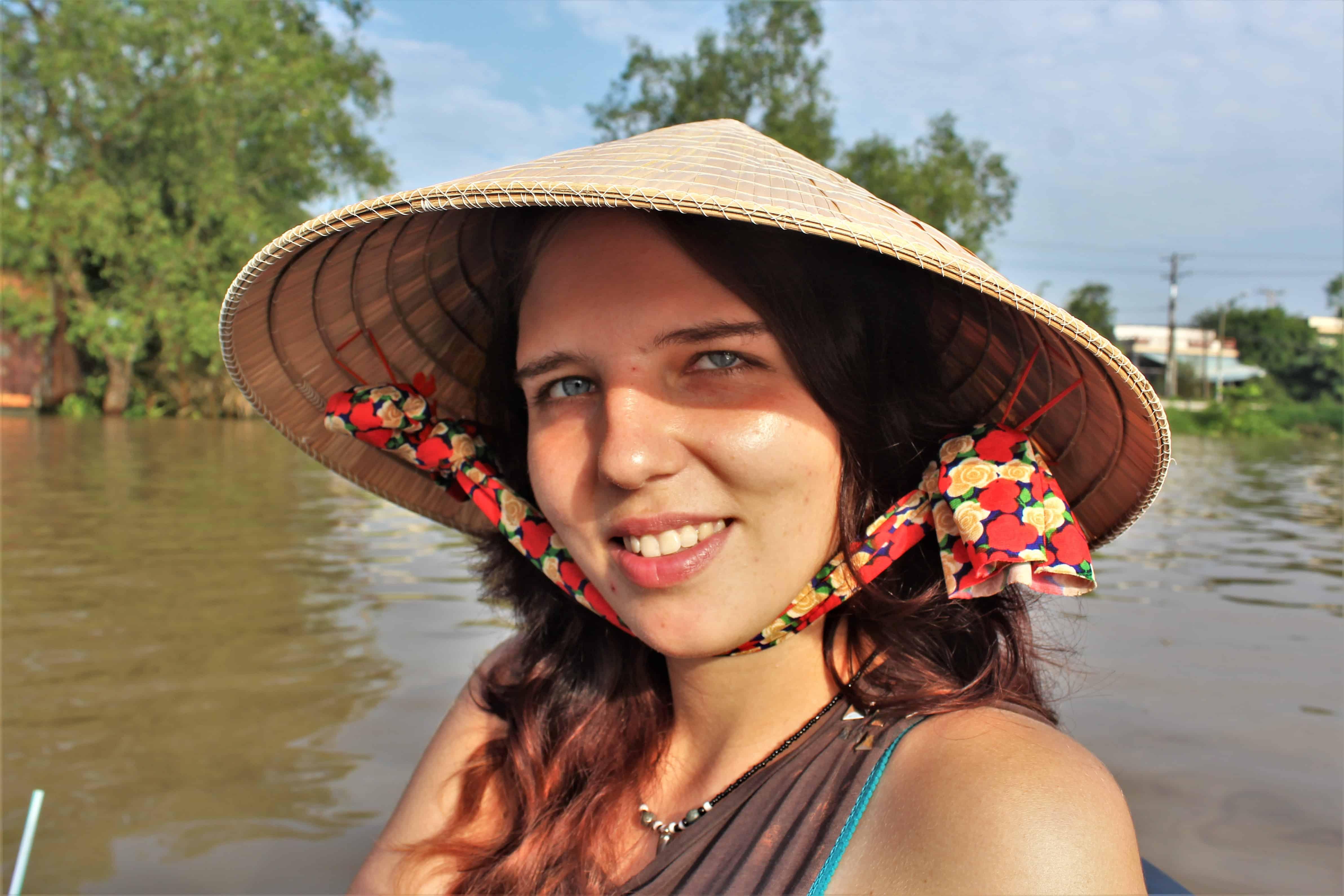 wietnamski kapelusz