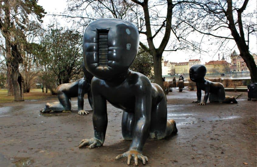 David Cerny rzeźby