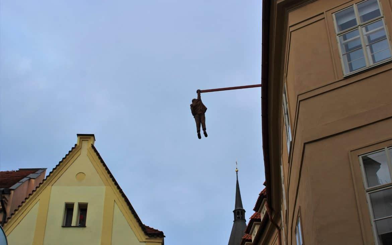 the hangigng man