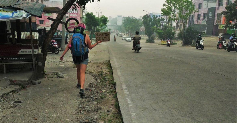 autostop w Indonezji